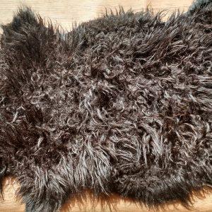 RSKPRBK01 Pure black sheepskin