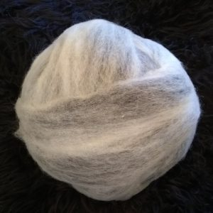 White Black roving blend