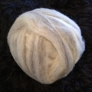 White Grey roving blend